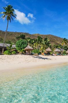 Fiji is a true South Pacific paradise. When you visit, don't miss the chance to get off the main island and explore the Yasawa and Mamanuca island groups. This is where you'll find the real Fiji you've seen in luxury travel magazines. #travel #fiji #luxury #islands #honeymoon