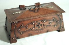 Original design hammered copper arts and crafts arrow head box by deltacopper.com