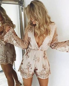 14 Silvester Party Outfits die so angesagt sind - Winter mode Outfits Fiesta, Nye Outfits, Trendy Outfits, Summer Outfits, Fashion Outfits, Sparkly Outfits, Batman Outfits, Fashionable Outfits, Couple Outfits