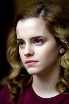 Harry Potter and the Half-Blood Prince – Publicity still of Emma Watson Hermione Harry Potter Hermione, Hermione Granger, Harry Potter Characters, Harry Potter World, Ron Weasley, Emma Watson Belle, Emma Watson Cute, Alex Watson, Lucy Watson