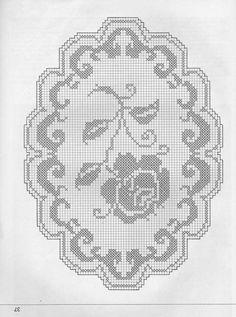 Centrini a uncinetto: schemi e modelli - Centrino con una rosa