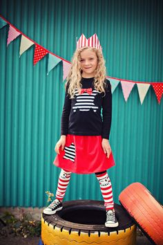 Oh I love this.  Etsy shop, leg warmers and arm warmers etc.