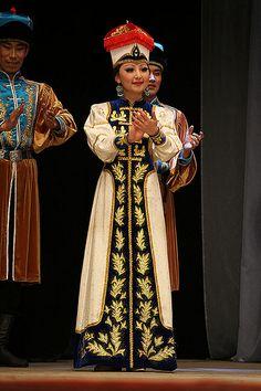 Kalmyk Folk Costume and Dance