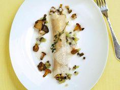 Pilze, Trüffel und Sellerieschaum machen die Cannelloni zu etwas ganz Besonderem. Dafür lohnt sich auch etwas mehr Aufwand. Cornelia Poletto hat hier für Sie Rezepte für Einsteiger und Fortgeschrittene zusammengestellt.