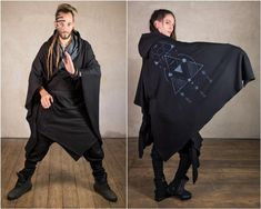 Hooded loose cardigan in Jedi style, very loose, comfortable and versatile!  The Kimono Tron is one of these Designs having pure joy playing around. You can wear the Kimono in many different ways. Its possible to create a wide range of  different fashion looks like Jedi Ninja Fashion or Assassins Steampunk Coat, Cyberpunk Clothes, Plus Size Kimono, Long Knit Cardigan, Festival Outfits, Festival Fashion, S Models, Alternative Fashion, Hoods