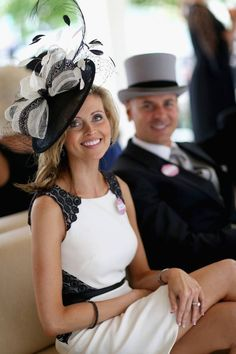 Black and White Fascinator #ladiesday Sure do hope to see some hats and Fascinators!