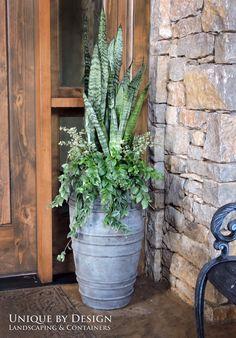 Unique by Design l Helen Weis Fall Container Gardening t Outdoor Planters, Garden Planters, Succulents Garden, Outdoor Gardens, Planting Flowers, Container Flowers, Container Plants, Container Gardening, Plantas Indoor