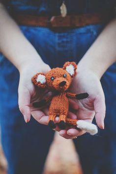 Little knitted fox