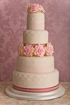 Wedding Cakes Pictures: Pink Sugar Roses Wedding Cakes