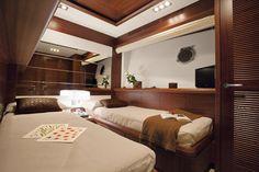 Azimut 100 Leonardo Yacht  ~ Guest Cabin