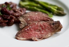 Basque Style Meat Marinade and Roasted Lamb Sirloin - Chez Us Basque Style Meat Marinade Recipe: * feel free to use this marinade with lamb, beef, rabbit, or venison Sirloin Roast, Meat Marinade, Marinated Steak, Roast Beef, Sirloin Recipes, Roast Recipes, Dinner Recipes, Kitchens