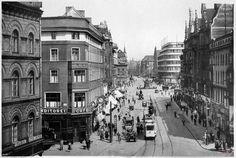 1939 , Ulica Świdnicka, widok ze skrzyżowania z ulicą Piłsudskiego w stronę placu Kościuszki.