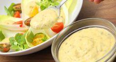 Megtaláltad a tökéletes Caesar salátaöntet receptet! Mert néha az eredeti a… Hungarian Recipes, Summer Salads, Salad Recipes, Food To Make, Vegetarian Recipes, Bacon, Recipies, Clean Eating, Food And Drink