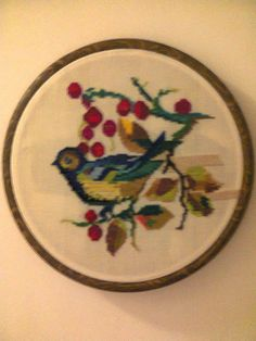 Adriana  Hobby: Tablou  brodat în punct cross stitch - cruciuliţă Hobby, Decorative Plates, Blog, Blogging