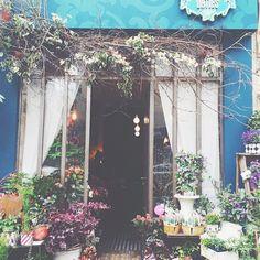 可愛くてサンパな2人のパリジェンヌ、パトリシアとヴァランティーヌのお店。  タグの場所は間違っているようなので… 12 rue Ramey 75018