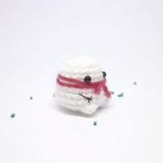Here is a very squashy snowman amigurumi. A mini snowman plush will make a cute little gift or Christmas decoration. A hanging loop or keychain can...