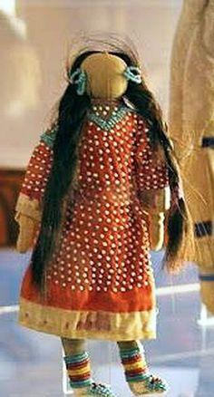 Native American Indian Art Dolls and beadwork