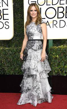 Kelly Preston: 2017-golden-globes-red-carpet Modest Dresses, Nice Dresses, Formal Dresses, Formal Wear, Evening Dresses, Wedding Dresses, Golden Globe Award, Golden Globes, Kelly Preston