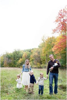 Fall family photos -- LOVE the tulle skirts :)   Photo by Sami Renee Photography // Cleveland Wedding & Family Photographer
