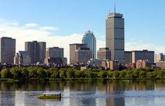 We have ten reasons you should visit #Boston this summer, including the Yummy Walks foodie tour, Free Friday Flicks, SoWa Open Market and more!