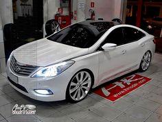"Novo Azera 2012 branco rebaixado, rodas aro 22 - Lowered white Hyundai Azera, 22"" Sonata replica rims"