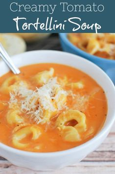 Creamy Tomato Tortellini Soup – delicious creamy tomato soup with cheese tortellini! Quick and easy, perfect for a weeknight meatless meal! Cheese Tortellini Soup, Tortellini Recipes, Pasta Soup, Noodle Soup, Best Soup Recipes, Favorite Recipes, Recipes Dinner, Drink Recipes, Easy Recipes