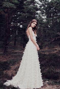 de4ff675e05e 8 bästa bilderna på Brudklänning Ida Lanto under 2017 | Alon livne ...
