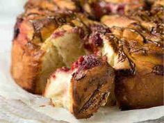 Marjoilla täytetty bostonkakku Baked Potato, Camembert Cheese, Pork, Potatoes, Baking, Ethnic Recipes, Diy Stuff, Sweets, Foods