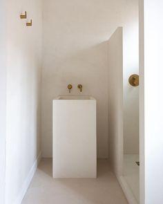 Karine | Studio BODIE and FOU (@bodieandfou) • Instagram photos and videos Bathtub, Minimalist, Woodworking, Interior, Modern, Furniture, Wood Work, Instagram, Bathrooms