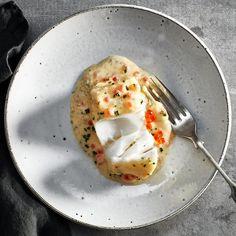 Bakad torsk med smörsås.