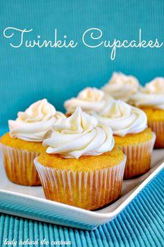 Twinkie Cupcakes - Cupcake Daily Blog #cupcakes #cupcakeideas #cupcakerecipes #food #yummy #sweet #delicious #cupcake