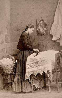 1860s Mexico. La Planchadora   by ookami_dou