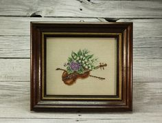 """Embroidery """"Violin with bouquet of flowers"""" / Wooden Frame / Wall Fiber Art Embroidery / Home decor / Hand Sewn Gobelin /Christmas Gift"""