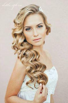 Long wavy bridal hair