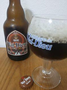 Val-Dieu Brune Val-Dieu Brune e33cl Alc.80%Vol. Brasserie de l'Abbaye du Val-Dieu Val-Dieu 225 B-4880 Aubel www.val-dieu.com