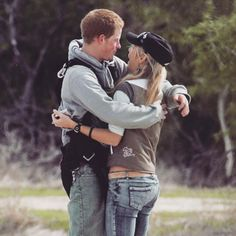 """""""An old pic of Prince Harry and chelsy Davy <3 awee so cute #princeharry #chelsydavy #royal #love #earlydatingdays #katemiddleton #duchessofcambridge #princewilliam"""" Photo taken by @kateemiddletonn on Instagram, pinned via the InstaPin iOS App! http://www.instapinapp.com (05/19/2015)"""