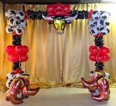 Wild west balloon arch