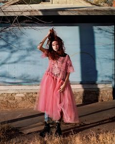 Did she land from outer-space or are we dreaming? Take a trip, as Theo Wenner shoots and Julia Sarr-Jamois styles Natalie Westling in the desert as dusk begins to fall.