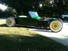 I'd love to have a rat rod like this.