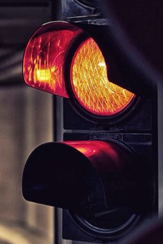 Traffic lights Iphone 5 Wallpaper, Mobile Wallpaper, Wallpaper Backgrounds, Wallpapers, Traffic Light, Urban Photography, Wall Lights, Lipstick, Cityscapes