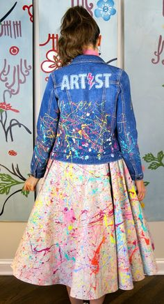 Cassie Stephens: DIY: A Kid-Created Paint Splattery 1950's Circle Skirt