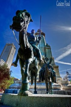 Don Quijote en la Plaza de España. Madrid