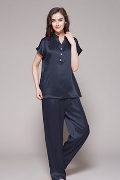 商品番号: 2104【22匁】レディース シルクパジャマ 【半袖】http://www.lilysilk.jp/22-momme-half-buttoned-front-silk-pajamas-set