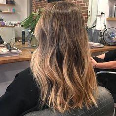 Blonde Balayage Highlights, Brown Hair Balayage, Brown Blonde Hair, Brown Hair With Highlights, Balayage Brunette, Hair Color Balayage, Medium Blonde, Color Highlights, Blonde Wig