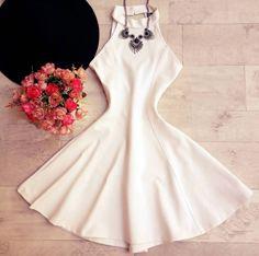 Vestido Rodado Curto Decote nas Costas V OFF-WHITE Casamento Civl Balada Formatura