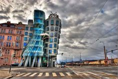 Dancing House Pictures Fred and Ginger Building in Prague