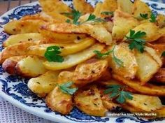 Turecké jogurtové zemiaky pečené v rúre do 30 minút - Stránka 2 z 2 - Kreatívne recepty Vegetarian Cooking, Cooking Recipes, Healthy Recipes, No Cook Appetizers, Czech Recipes, How To Cook Potatoes, Cooking Light, Food 52, Side Dish Recipes