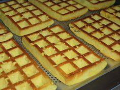 Gaufres fruitées (sans farine) - Chez Vanda Healthy Protein Breakfast, Chez Vanda, My Favorite Food, Favorite Recipes, Weigth Watchers, Pie Co, Tasty, Yummy Food, Beignets
