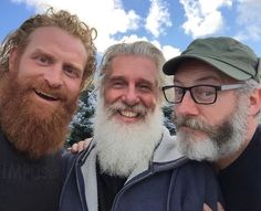 ONE DAY BEFORE THE BATTLE! We had no clue of that we were about to go into:-) This is one of our brilliant producers Christopher Newman - who outbeards me totally:-) And, of course, the Mister Liam Cunningham! One of the funniest men walking on earth! Game Of Thrones Cast, Game Of Thrones Houses, Moustaches, Hairy Men, Bearded Men, Kristofer Hivju, Liam Cunningham, Vikings Game, I Love Games