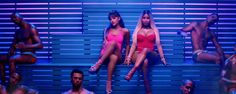 "Ariana Grande and Nicki Minaj Hit the Gym in Sexy ""Side to Side"" Music Video Mtv Video Music Award, Music Videos, Side To Side Ariana, Ariana Grande Ft, Comunity Manager, Nicki Minaj Photos, Best Friendship, David Guetta, Iggy Azalea"